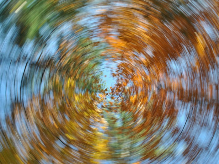 dt_151117_swirl_leaves_dizziness_dizzy_800x600